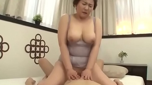 Lovely Mommy Japanese Screwed unconnected with lassie